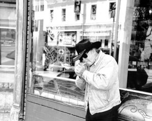 Cowboy Poet, Kell Robertson, Outside Vesuvio's Bar, North Beach, San Francisco, 2001, Copyright: A.D. Winans