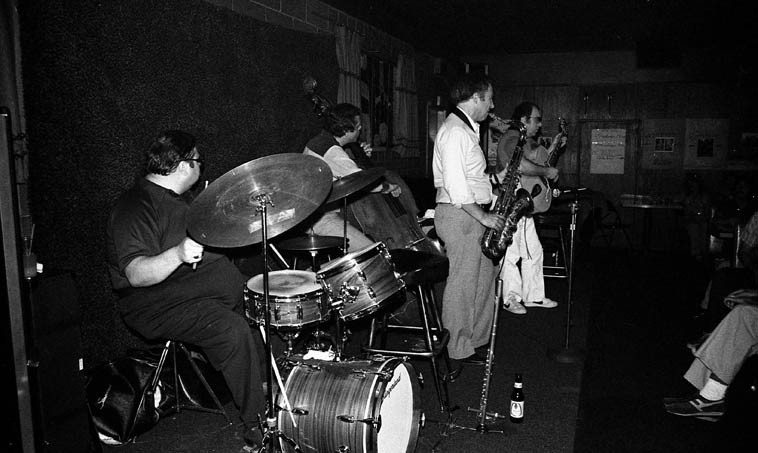 Gordon Brisker Quartet -- April 26, 1981 in Cucamonga, California, on Rt.66 at Gilberto's -- Joe Diorio,  guitar; Dick Berk, drums; Gordon, tenor sax; Bob Maize, bass -- photo by Mark Weber