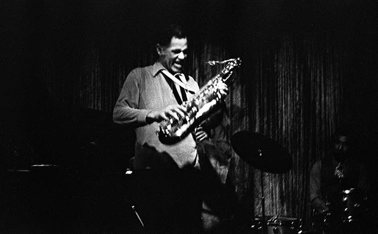 Dexter Gordon with a Los Angeles rhythm section during one of his annual visits back home (he had & has family in L.A.) ---- Jimmie Smith, drums; Dolo Coker, piano; Frank DeLaRosa, bass -- December 23, 1976 at The Lighthouse, Hermosa Beach -- photo by Mark Weber (Dexter still lived in Copenhagen at the time, or maybe he had just repatriated to the States?)