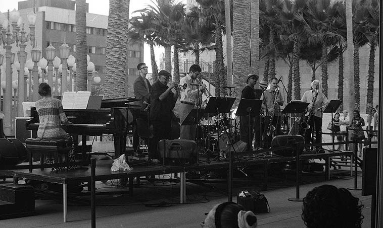 Bobby Bradford's Tete-a-Tete at full throttle -- August 14, 2o15 LACMA -- photo by Mark Weber