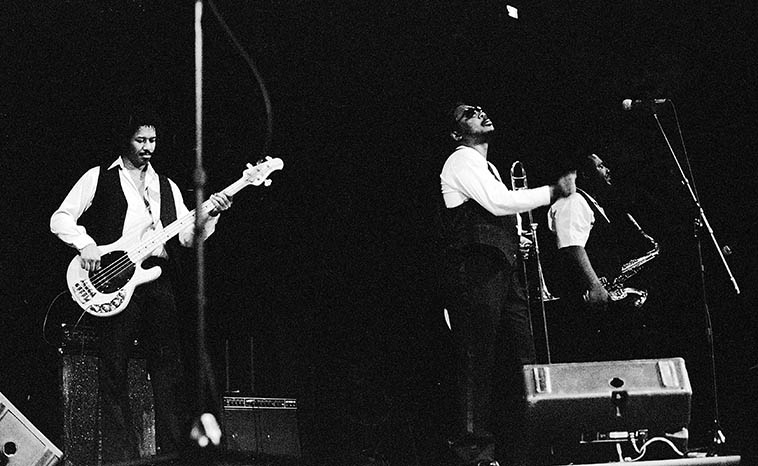 Albert King's band ---- Finney Chapel, Oberlin College, Ohio -- October 11, 1986 -- photo by Mark Weber