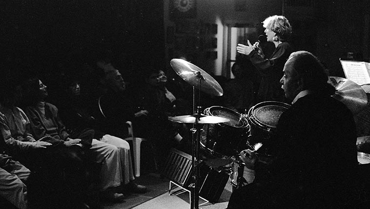 Stephanie Haynes backed by Dave Mackay, piano; Jack Prather, bass; Pete Amahl, drums, at old Outpost -- November 20, 1995 -- Albuquerque -- photo by Mark Weber ----- You can see Connie Figueroa and his son the pianist Steve in the front row -- Connie's bass was donated to the Outpost after he passed away March of 1996 -- that's the bass that worked for decades on jobs around New Mexico, and has now been played by hundreds of visiting bass players to New Mexico performing at the Outpost Performance Space