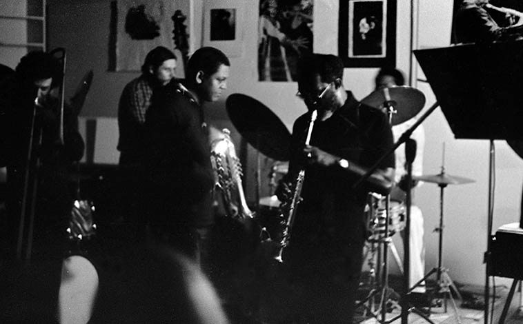 Jam session at The Little Big Horn -- Sunday afternoon September 12, 1976 Pasadena, California -- Glenn Ferris(trombone); Bobby Bradford(cornet); John Carter(soprano sax); John Goldsmith(drums); Richard Reywald(bass) -- photo by Mark Weber