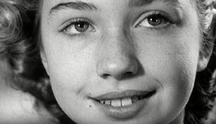 hillary-clinton-young-pictures